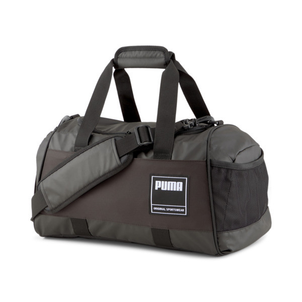 This everyday-ready duffel is ready to go that extra mile. Feature-packed and built to last, with an ultra-portable design and sleek PUMA branding, your gym style just got a major upgrade.   PUMA Small Gym Duffel Bag in Black