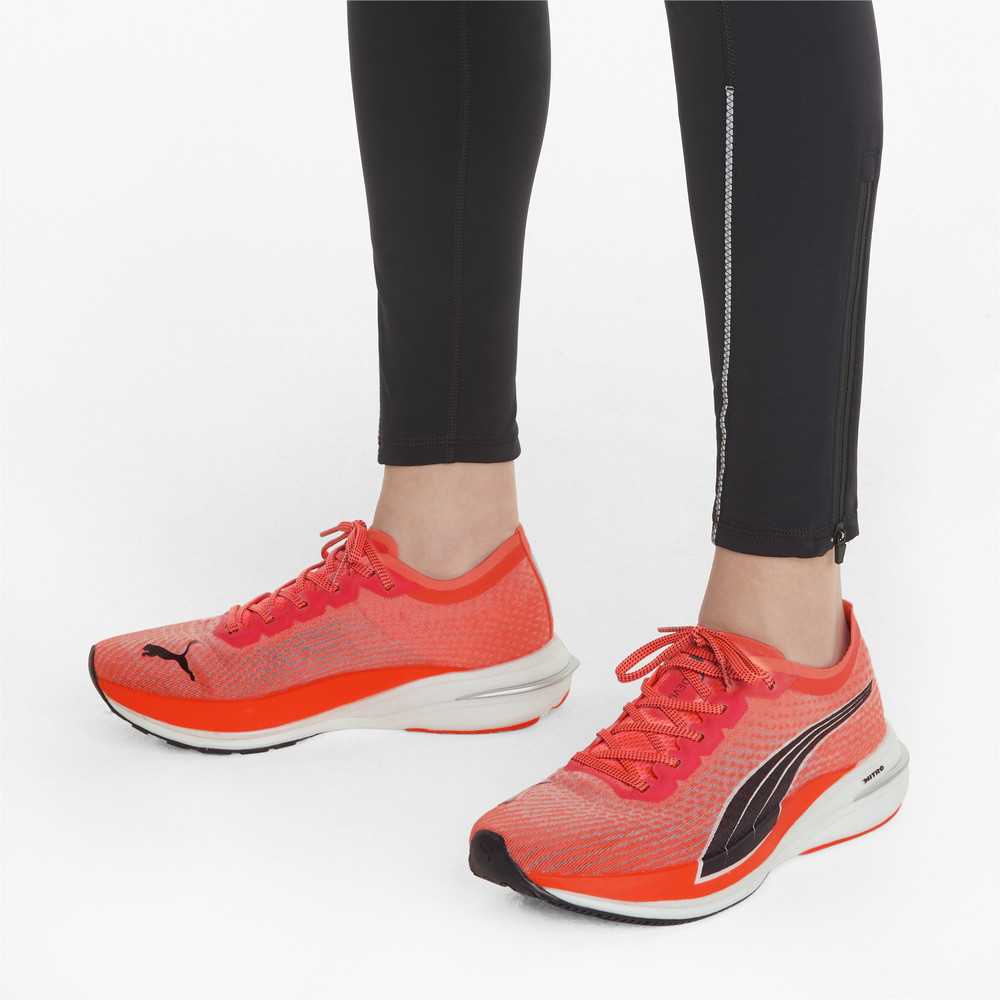 Image PUMA Deviate Nitro Women's Running Shoes #2