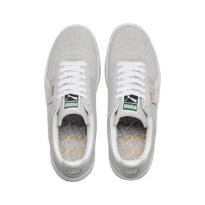 Who Is Vtg In Tennis Puma Sneakers </div>