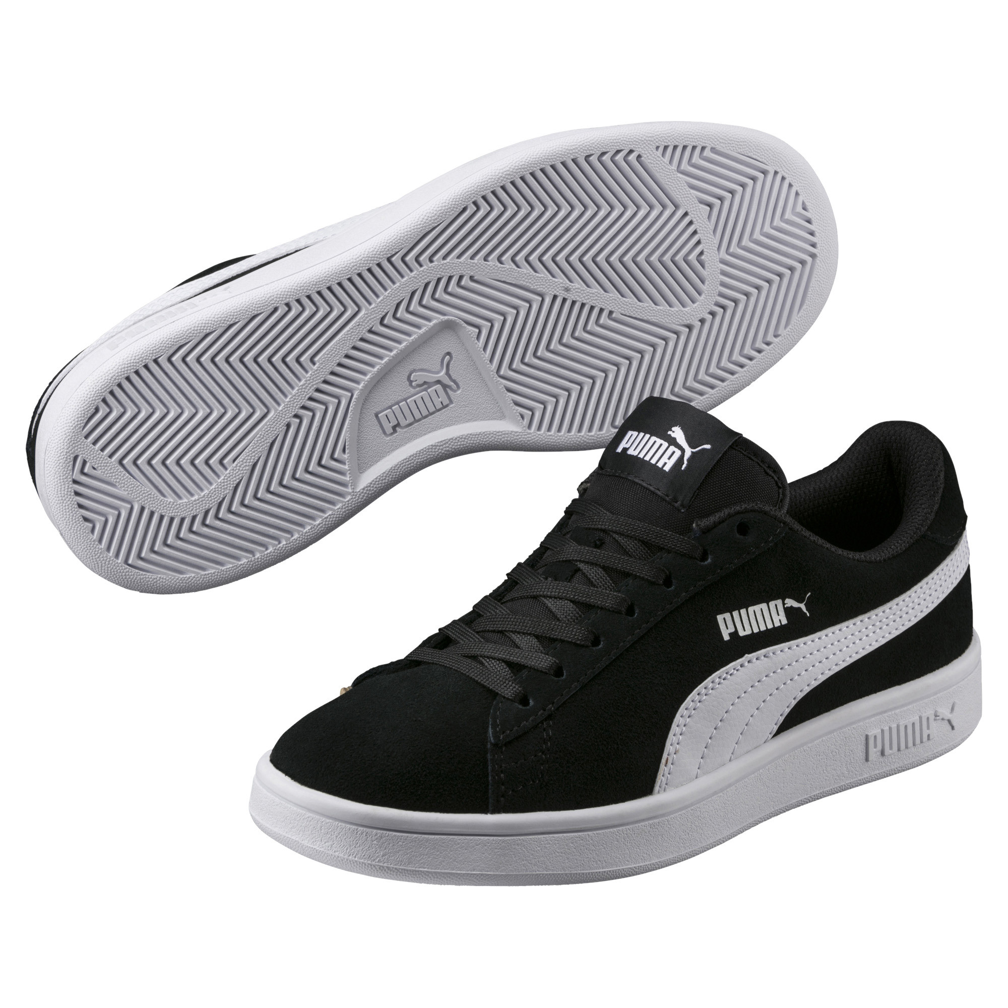 8843b960 Smash v2 Suede Youth Trainers