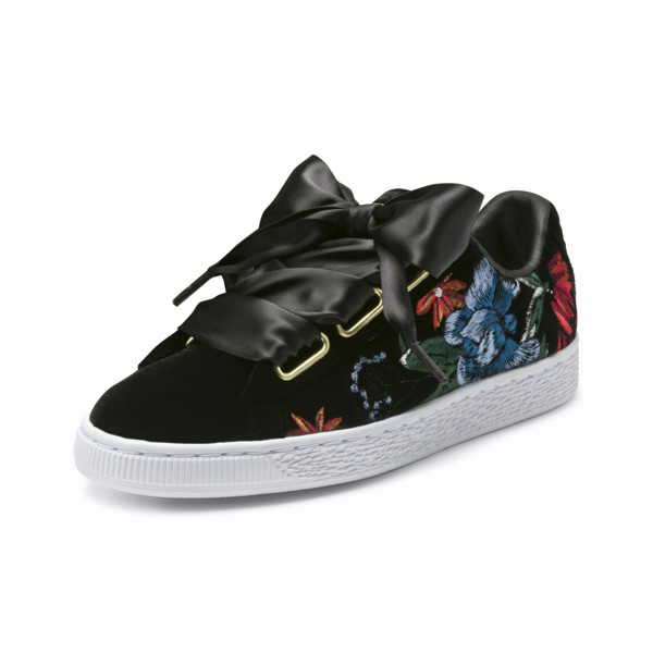 buy popular 69876 c096f Basket Heart Hyper Embroidery Women's Trainers