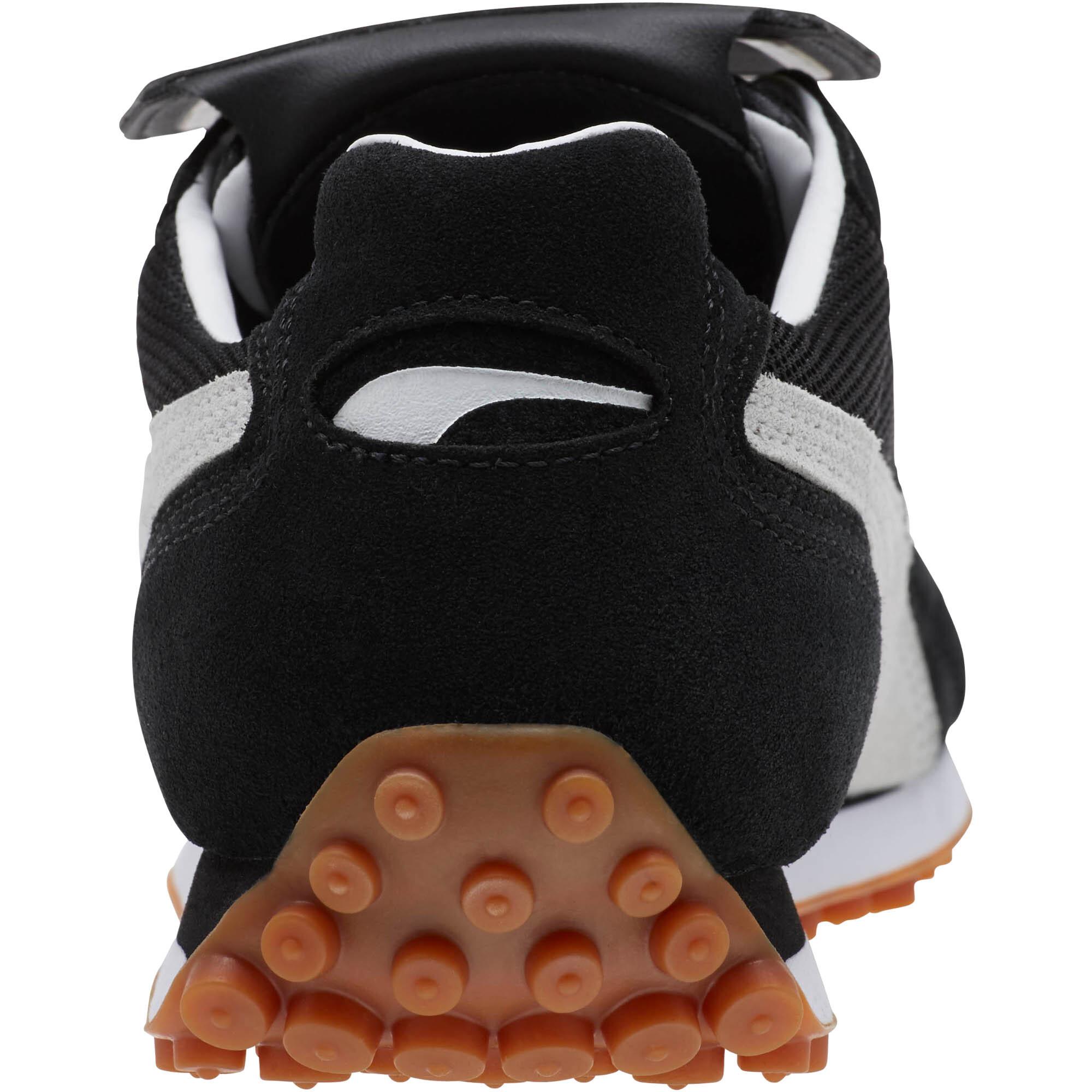 PUMA-King-Avanti-Soccer-Cleats-Unisex-Shoe-Sport-Classics thumbnail 3