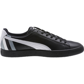 Thumbnail 3 of Clyde Stripes Men's Sneakers, Puma Black-Puma White, medium