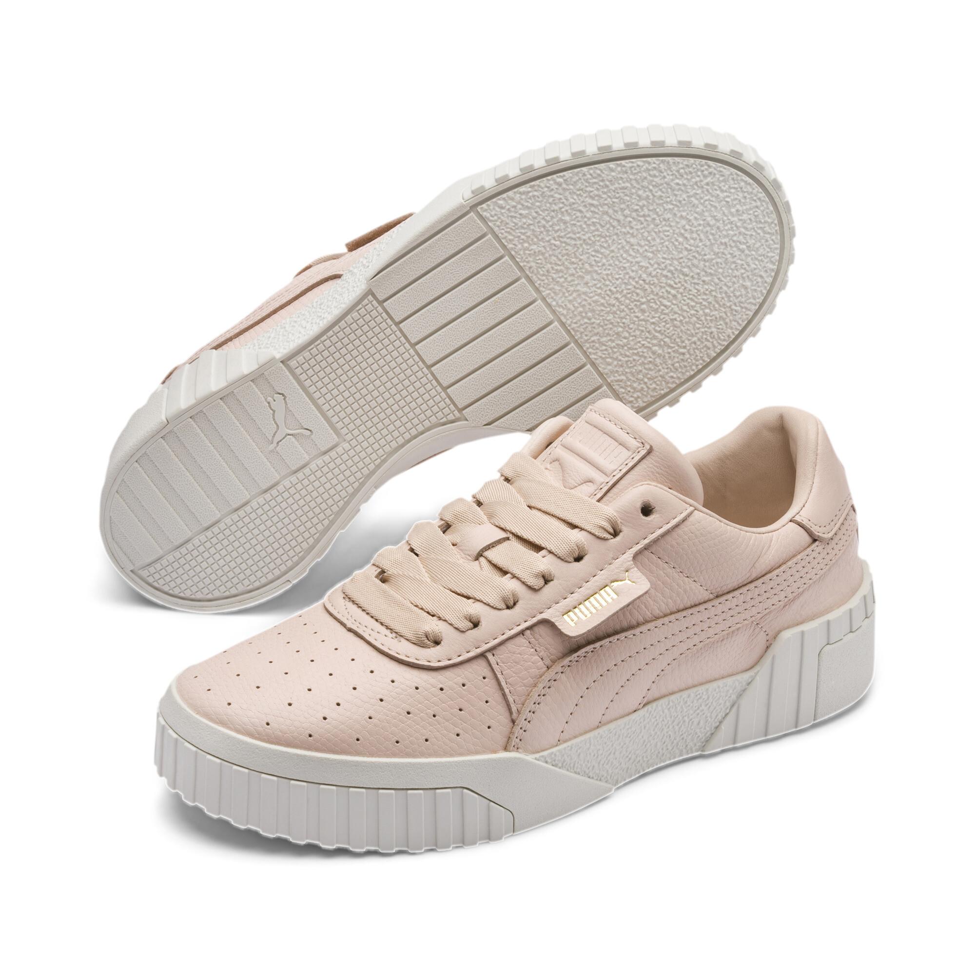 Image Puma Cali Emboss Women's Sneakers #3