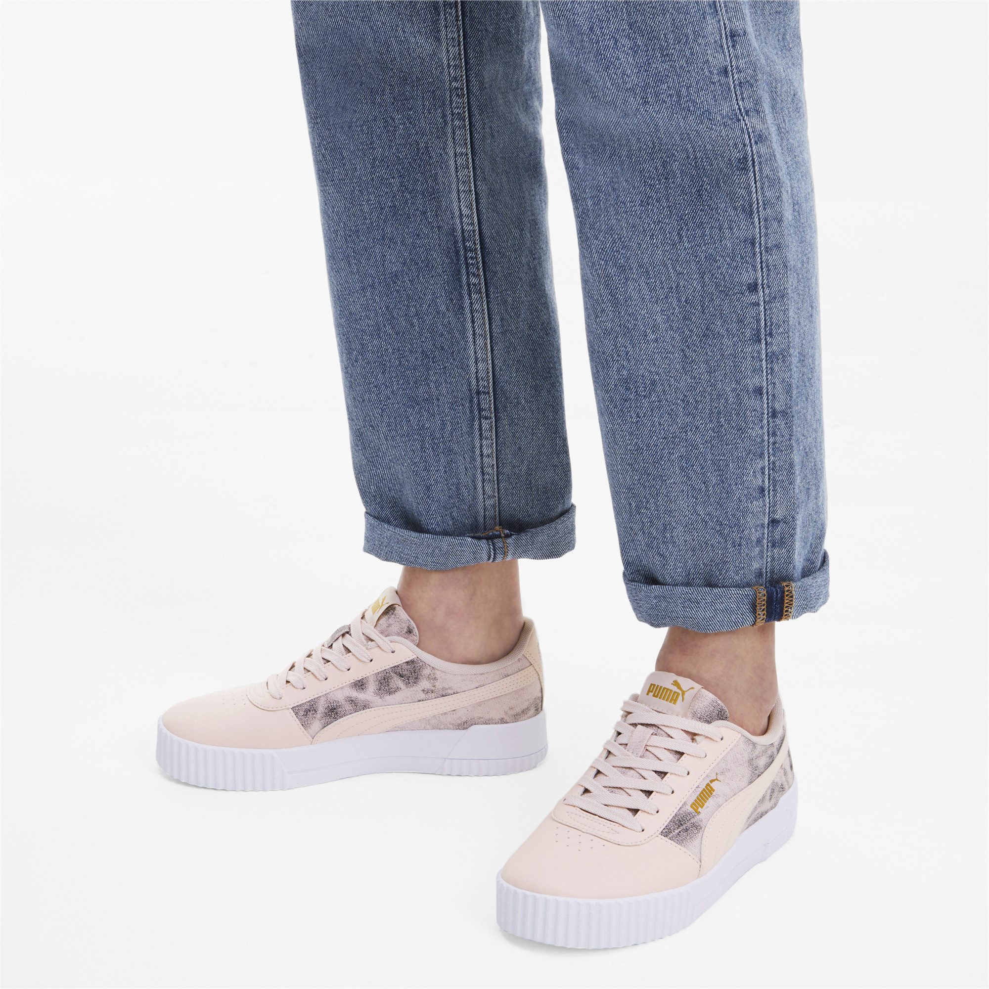 PUMA-Women-039-s-Carina-Tie-Dye-Sneakers thumbnail 5