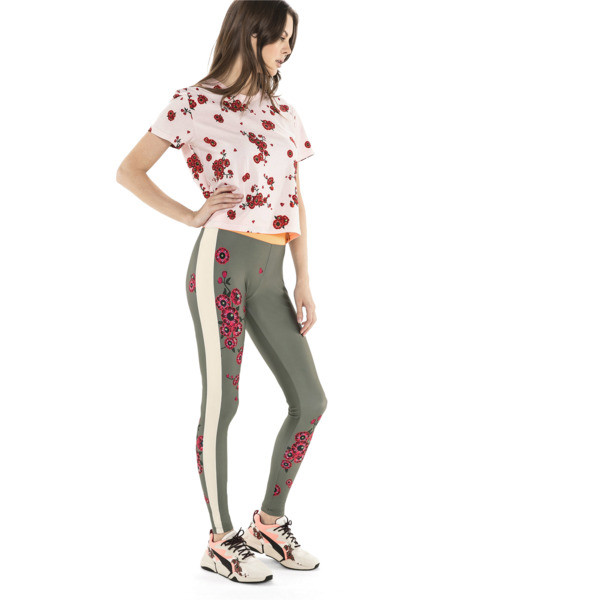 T-Shirt PUMA x SUE TSAI pour femme, -- Cherry Blossom AOP, large